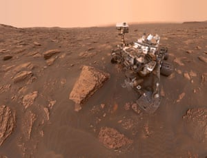 """An extraterrestrial selfie (Sadly no extraterrestrial photobomb). A self-portrait of NASA's Curiosity Mars rover shows the robot at a drilled sample site called """"Duluth"""" on the lower slopes of Mount Sharp in Mars on June 20, 2018."""