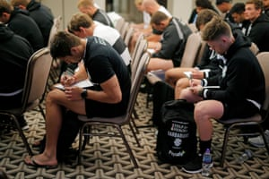 In a team meeting the Barbarian players, including Harold Forster (left) and Mitchell Drummond (right), are asked to write down their desires and motivation.