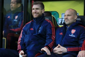 Arsenal's Per Mertesacker gets a wink from new interim manager Freddie Ljungberg before kick off against Norwich City at Carrow Road. The Gunners are now winless in six Premier League games (D4 L2), their worst run since August 2011 (also a run of six).