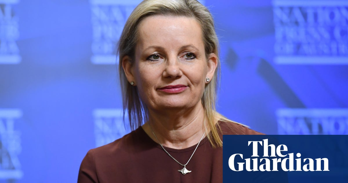 'Dead in the water': key crossbenchers reject Coalition demand to back new environment standards