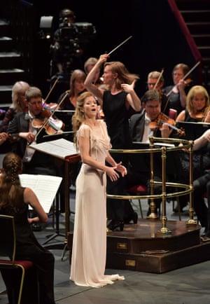 Soprano Barbara Hannigan performs Hans Abrahamsen's Let Me Tell You with the CBSO, conducted by Mirga Gražinytė-Tyla.