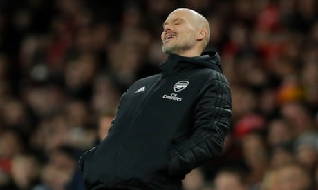 Freddie Ljungberg lets rip at half-time against Brighton: 'This is not Arsenal'