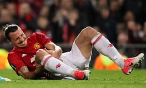 Zlatan Ibrahimovic has been released by Manchester United after suffering a serious knee injury.