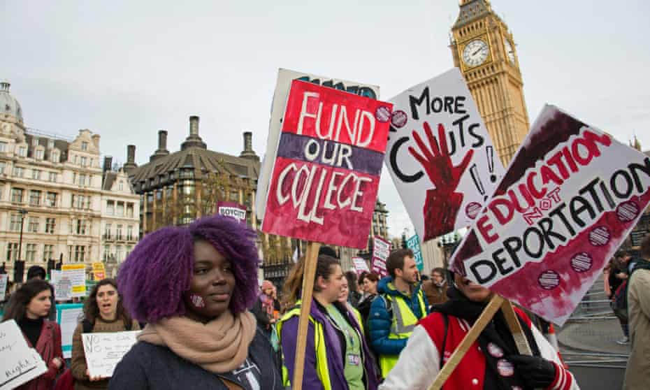 A National Union of Students and the University and College Union (UCU) demonstration in London in 2016 calling for improved further and higher education.