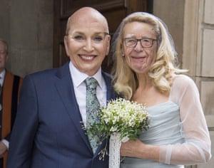 A faceswap of Jerry Hall and Rupert Murdoch.