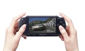 Playstation PSP, 2004