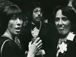 Baez and actor Lily Tomlin