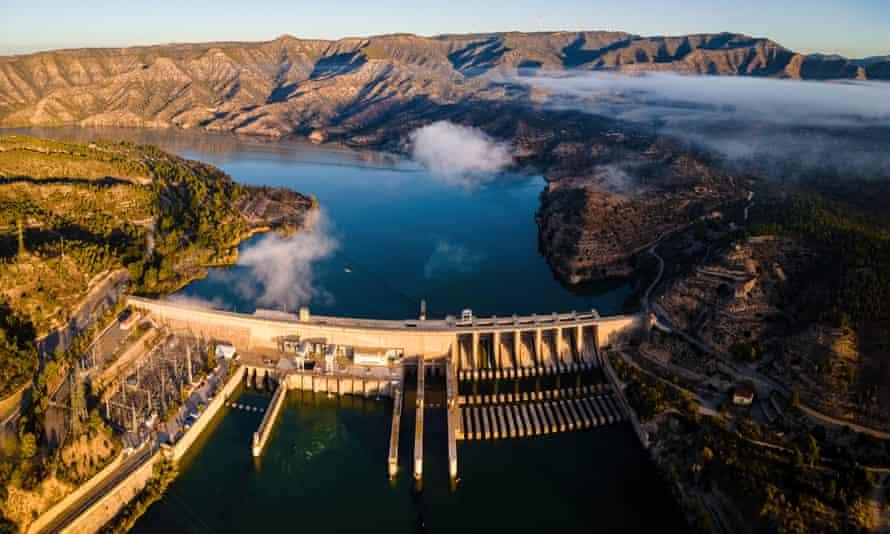 Panta de Ribarroja, one of the many dams on the river Ebro in Spain