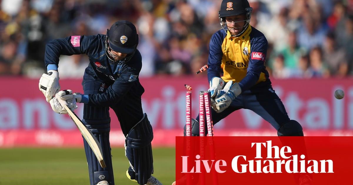 T20 Blast Finals Day: Derbyshire chasing 161 to beat Essex –live!