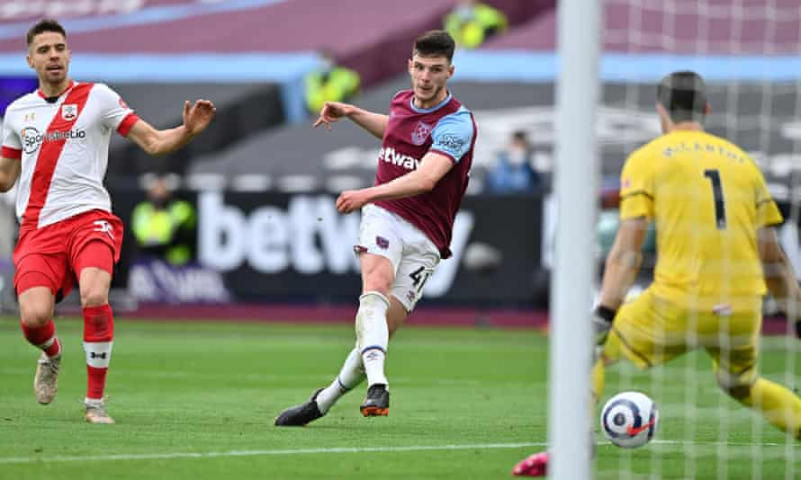 Chelsea are eager to trade Declan Rice, who has become a key figure in West Ham and England's midfield.