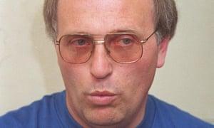 باب هیگینز به جرایم جنسی علیه کودکان محکوم شد.