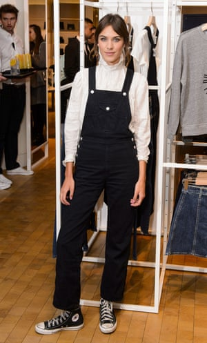 Alexa Chung in dungarees. Of course.