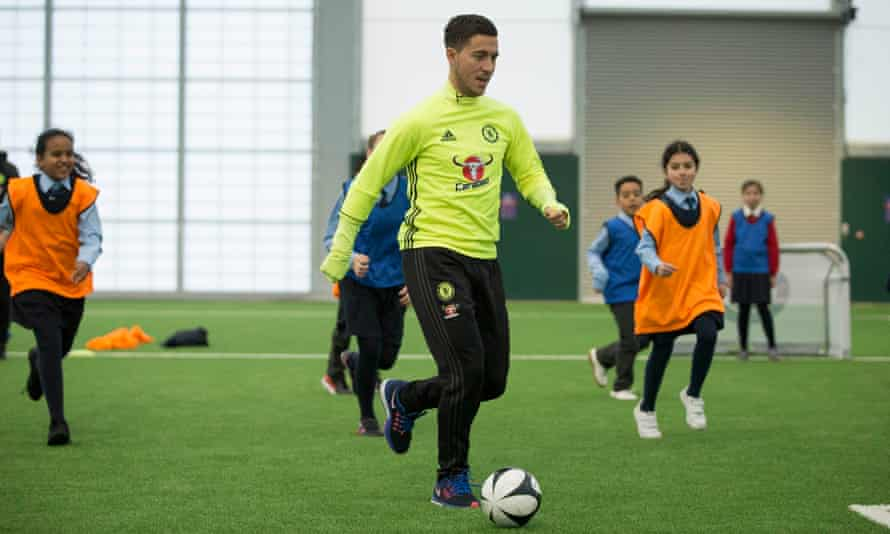 Eden Hazard shows schoolchildren some of the dribbling ability he has demonstrated on a regular basis in the Premier League.