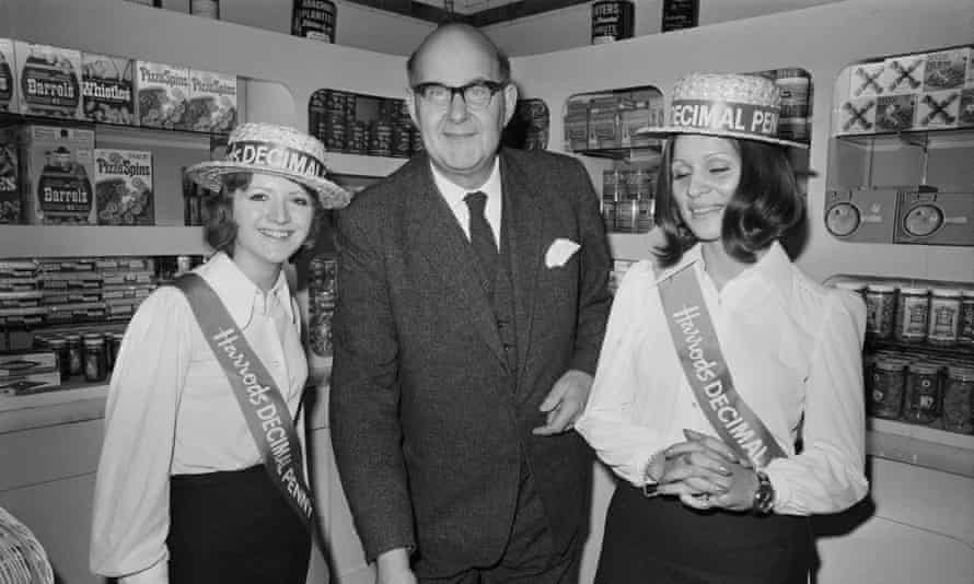 The Decimal Currency Board chair, Lord Fiske, at Harrods with Sally Annandale and Viviane Dench, as part of his campaign to prepare people for Decimal Day.