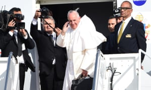 Pope Francis boards a plane at Joint Base Andrews in Maryland bound for New York on Thursday.