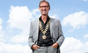 Tony Adams wearing the presidential chains of the Rugby Football League.