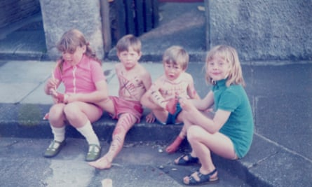 Chris Boardman (second from right) on the street where he grew up in Hoylake, Wirral, in 1974.
