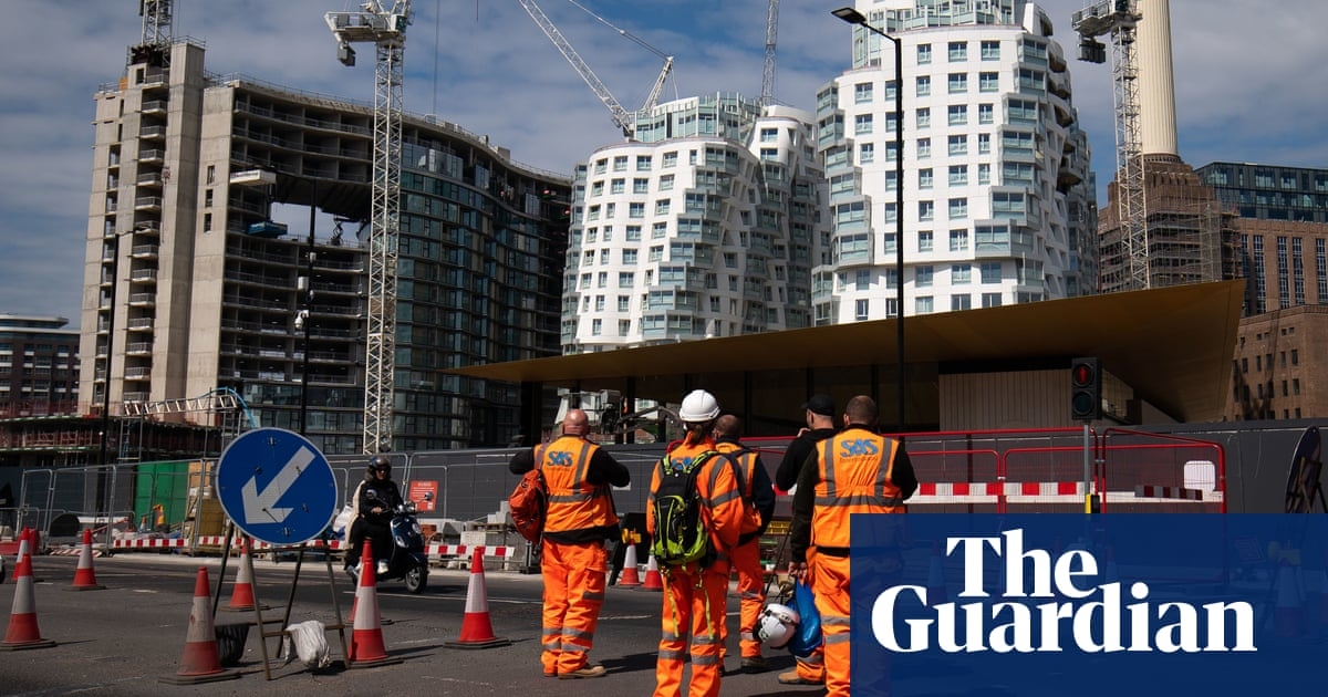 UK employers struggle with worst labour shortage since 1997