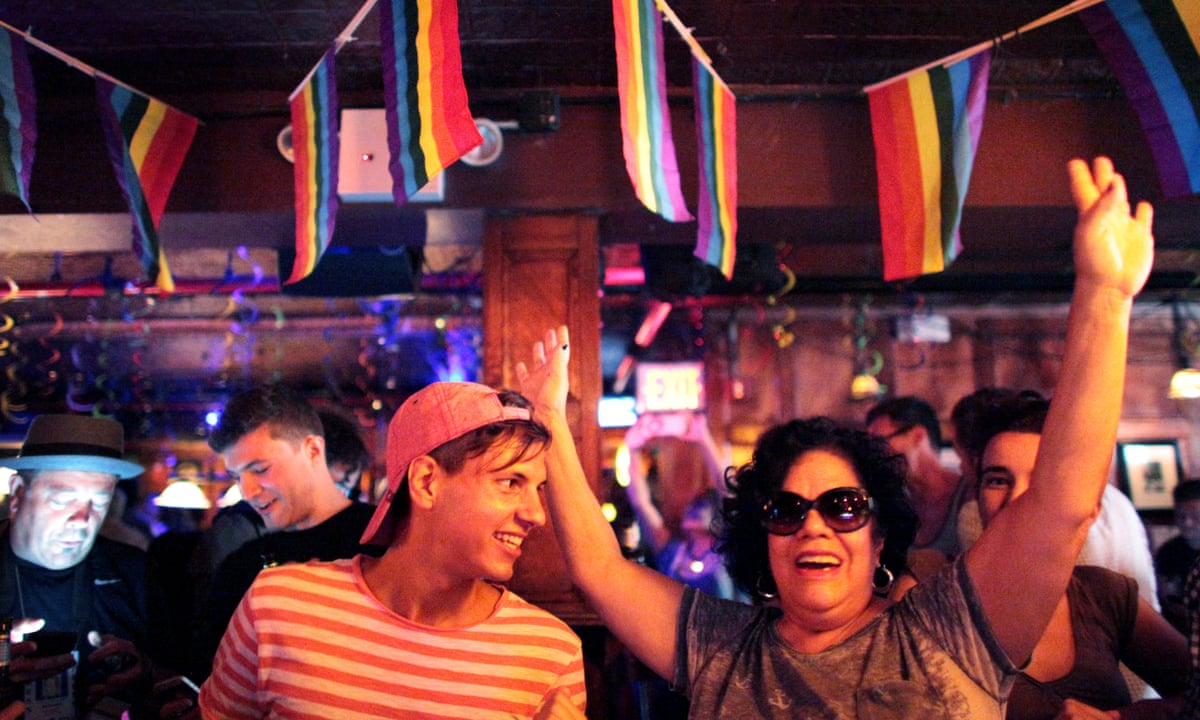 Inverness gay travel guide: gay bars