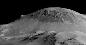 Another view of 100 metre-long streaks called recurring slope lineae flowing downhill on Mars. Recently, planetary scientists detected hydrated salts on these slopes at Horowitz crater, corroborating their original hypothesis that the streaks are indeed formed by liquid water.