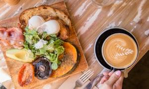 Завтрак в парке Квинс-Парк, Парк Сентенниал, Сидней, Австралия