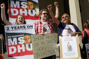 Carol Roe (r), grandmother and supporters of Ms Dhu outside the coroner's court in Perth in 2016.