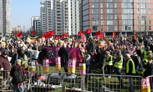 Momentum demonstrators.