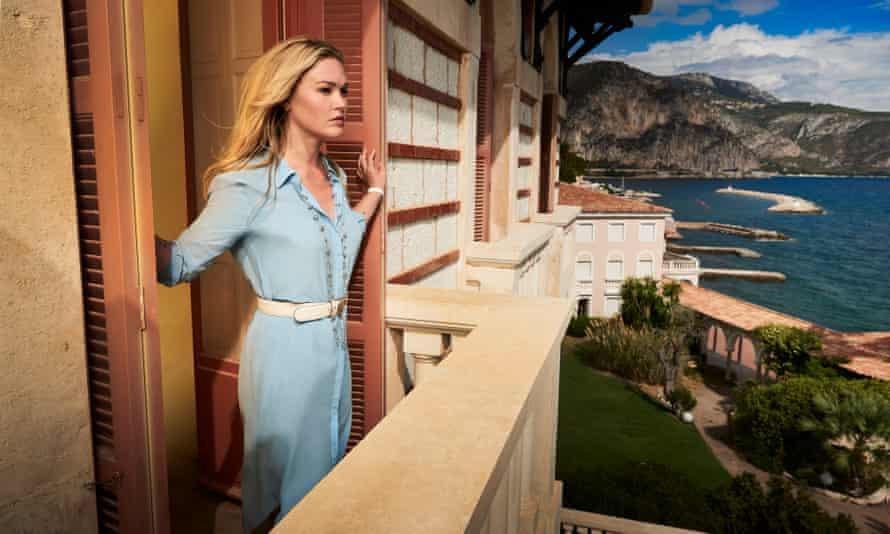 Julia Stiles in Riviera.