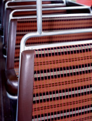 Seats and moquette of RT-type bus fleet number RT 4825