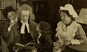A still from the 1910 silent film The Vicar of Wakefield, with Martin Faust as Primrose.