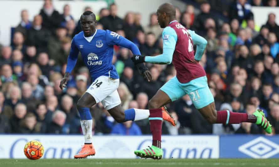 Oumar Niasse during last season's 3-2 home defeat to West Ham. He had come on as a substitute after 76 minutes with Everton, who were playing with 10 men, leading 2-0.