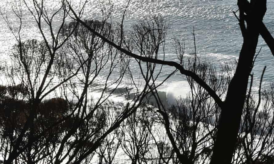 The Bureau of Meteorology has warned large swells will affect coastal areas of Victoria.