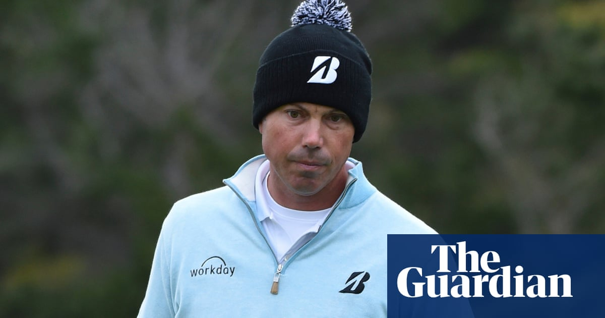 Matt Kuchar apologises to temporary caddie and agrees to pay