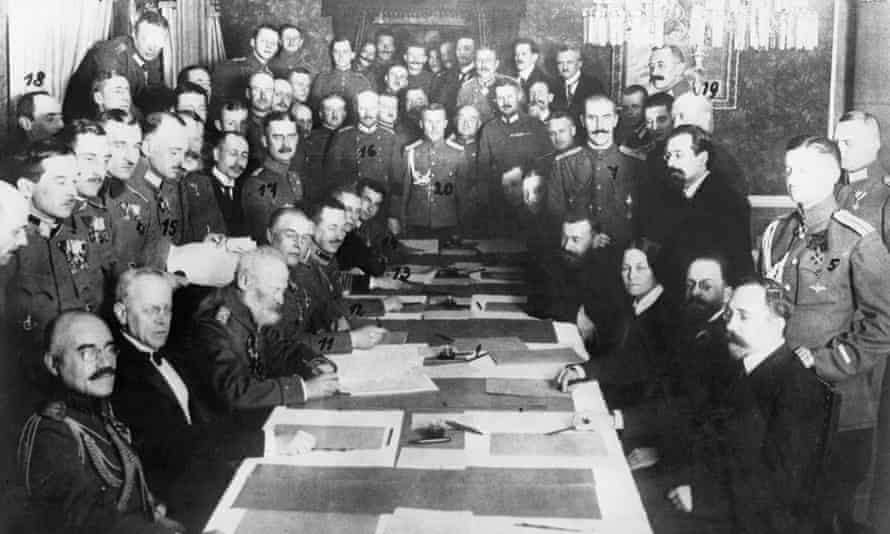 Signing of the peace treaty in January 1918, at Brest-Litvosk.