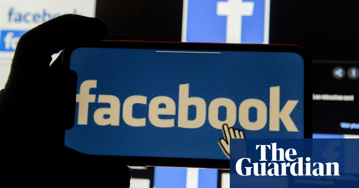 Facebook to pay UK media millions to license news stories