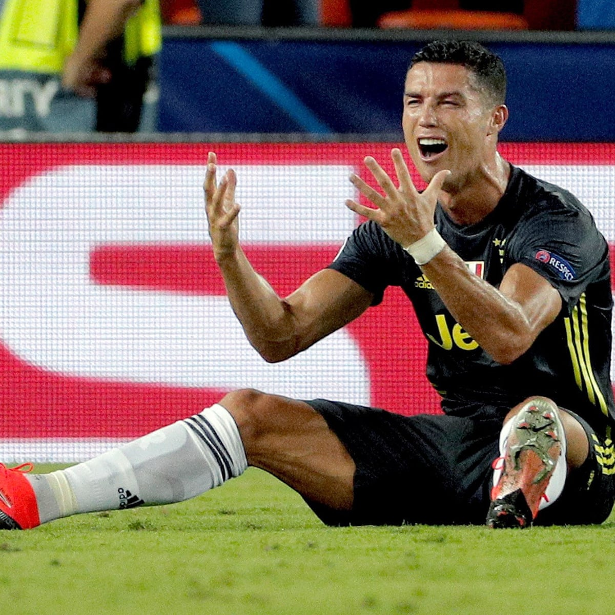 Cristiano Ronaldo Set For One Game Ban Clearing Him To Face Manchester United Cristiano Ronaldo The Guardian