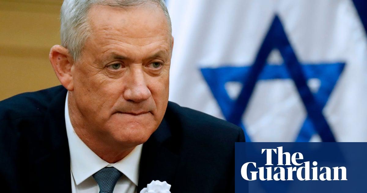 Former Israeli general Benny Gantz gets shot at forming government