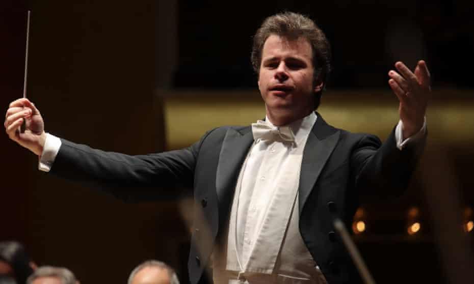 'Standing up for Novák from now on' ... conductor Jakub Hrůša.