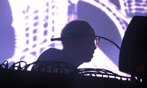 chemical brothers tom rowlands