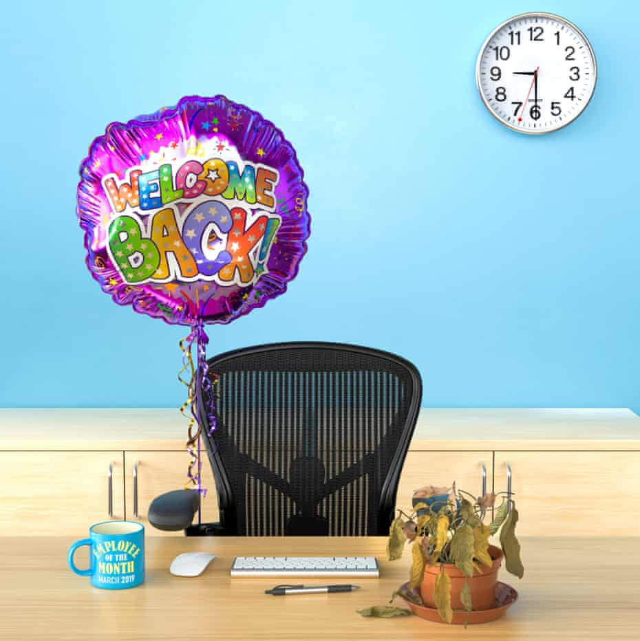An office chair behind a desk with a colourful helium balloon attached to it saying 'welcome back!'