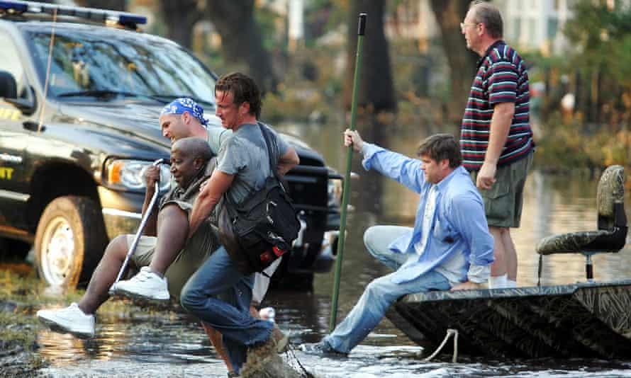 Sean Penn rescuing survivors of Hurricane Katrina