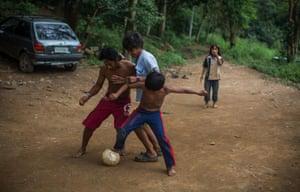 guarani kids play football