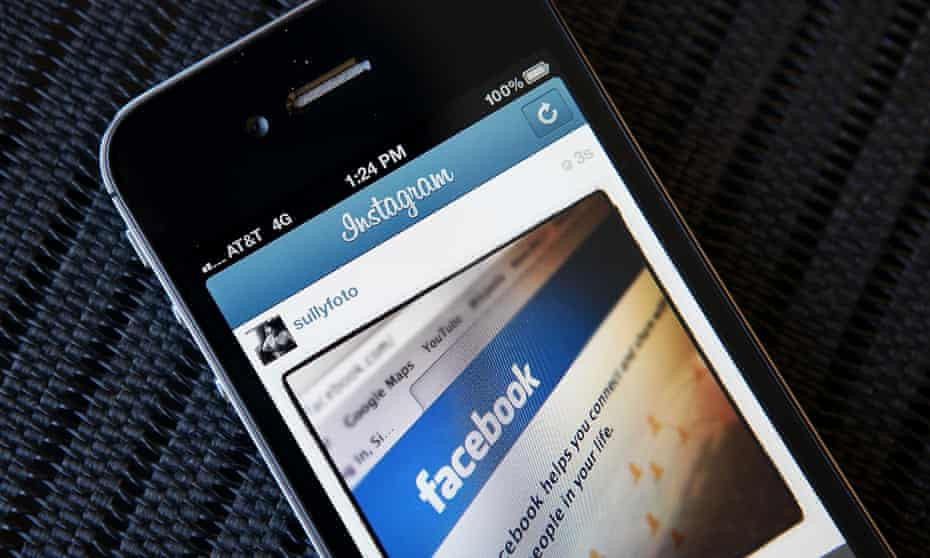 Smartphone with Facebook page