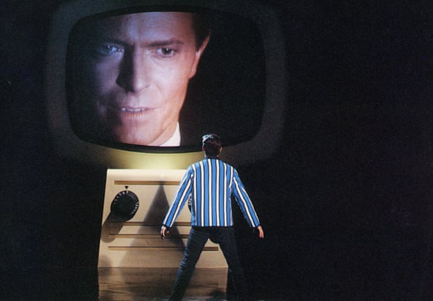 Bowie in the 1986 film Absolute Beginners.