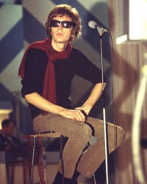 Walker appearing on his TV series, Scott, in 1969