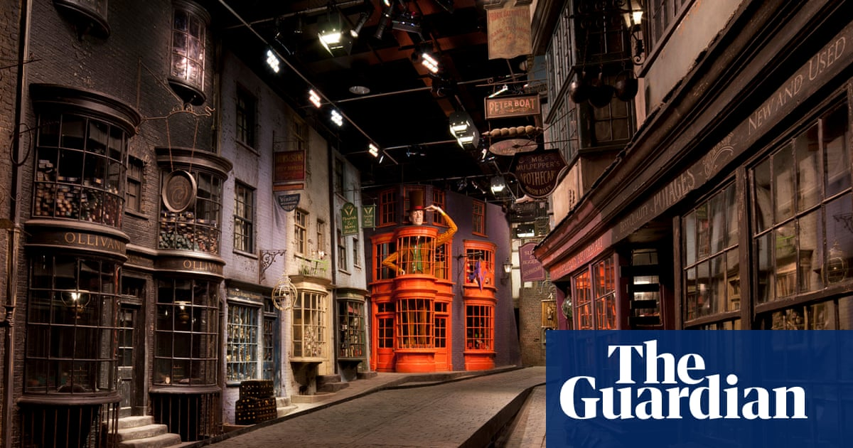 8e66140ce68 Take the kids to … The Making of Harry Potter