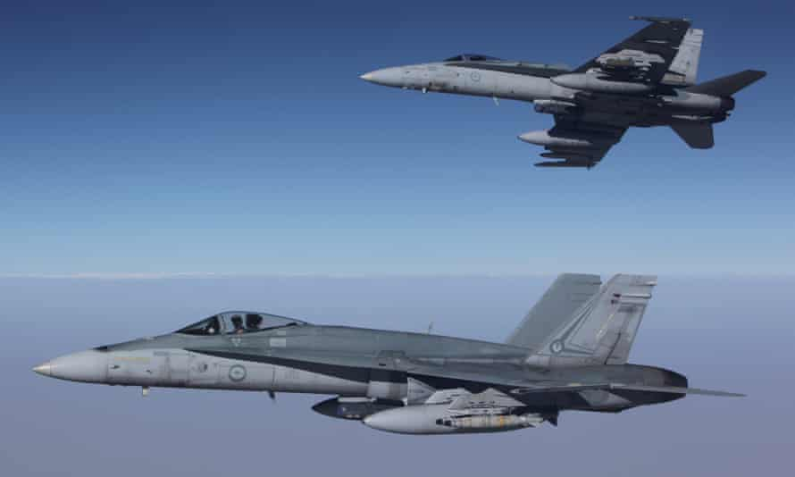 Canada to buy fleet of Australian F/A-18 Hornet fighter jets, dubbed 'fixer-uppers' by Canadian opposition.