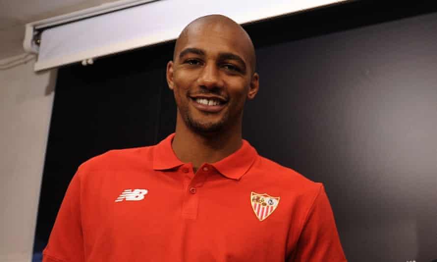 Steven Nzonzi has fallen out of favour at Sevilla.