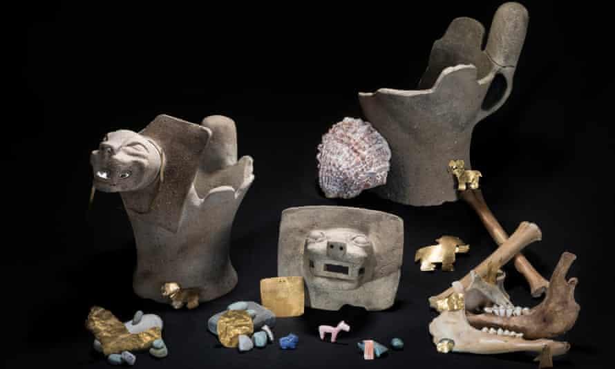 Lake Titicaca artefacts