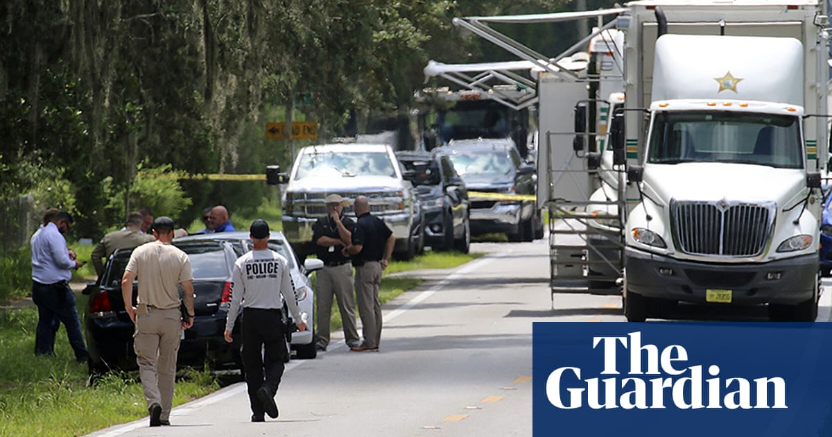 Florida shooting: ex-US marine suspected of killing four, including a baby